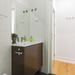 Отель Cozy Flat in the Heart of Alfama Португалия, Лиссабон - отзывы, цены и фото номеров - забронировать отель Cozy Flat in the Heart of Alfama онлайн ванная фото 2