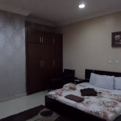 Отель Alheri Suites Нигерия, Ибадан - отзывы, цены и фото номеров - забронировать отель Alheri Suites онлайн комната для гостей фото 5