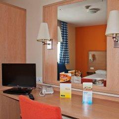 Отель Travelodge Madrid Torrelaguna удобства в номере