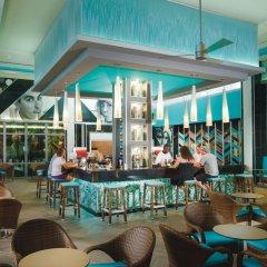 Отель Riu Reggae Adults Only - All Inclusive Ямайка, Монтего-Бей - отзывы, цены и фото номеров - забронировать отель Riu Reggae Adults Only - All Inclusive онлайн гостиничный бар