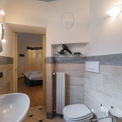 Отель At Home Heart of Milan - Duomo Apartment Италия, Милан - отзывы, цены и фото номеров - забронировать отель At Home Heart of Milan - Duomo Apartment онлайн ванная