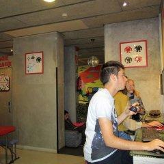 Ideal Youth Hostel гостиничный бар фото 3