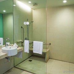 Отель Crowne Plaza Changi Airport ванная фото 2