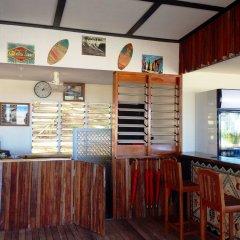 Отель Funky Fish Beach & Surf Resort Фиджи, Остров Малоло - отзывы, цены и фото номеров - забронировать отель Funky Fish Beach & Surf Resort онлайн интерьер отеля фото 3