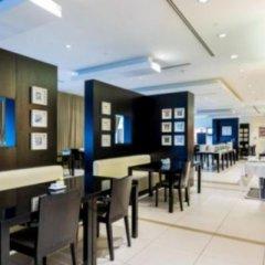 Отель Holiday Inn Express Dubai, Internet City в номере