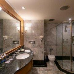 Montien Riverside Hotel ванная