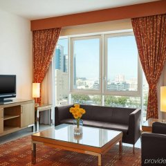 Отель Four Points by Sheraton Downtown Dubai Дубай комната для гостей фото 5