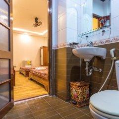 Отель Family Hotel Вьетнам, Хойан - отзывы, цены и фото номеров - забронировать отель Family Hotel онлайн ванная фото 2