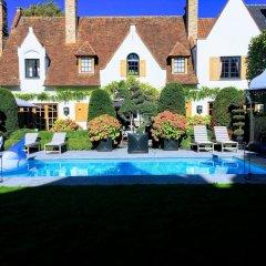 Отель The Secret Garden бассейн фото 3