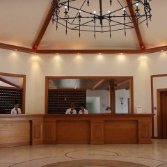 Отель Mitsis Rinela Beach Resort & Spa - All Inclusive интерьер отеля