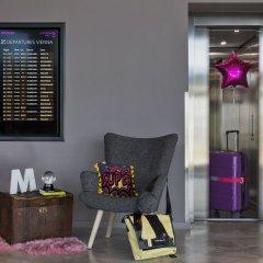 Отель Moxy Vienna Airport Австрия, Швехат - 6 отзывов об отеле, цены и фото номеров - забронировать отель Moxy Vienna Airport онлайн интерьер отеля фото 2