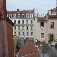 Отель Studio Ivry Франция, Лион - отзывы, цены и фото номеров - забронировать отель Studio Ivry онлайн балкон