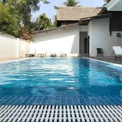 Отель Villa Oasis Luang Prabang бассейн