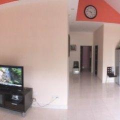 Отель Baan Dusit сейф в номере
