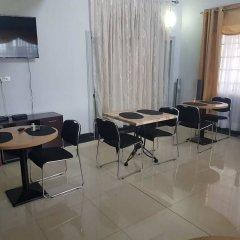 Отель Royal Kamak Hotel Гана, Тема - отзывы, цены и фото номеров - забронировать отель Royal Kamak Hotel онлайн помещение для мероприятий