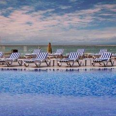 Отель Ramada Baku Азербайджан, Баку - 2 отзыва об отеле, цены и фото номеров - забронировать отель Ramada Baku онлайн пляж фото 2