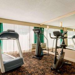 Отель Park Inn & Suites by Radisson, Vancouver Канада, Ванкувер - отзывы, цены и фото номеров - забронировать отель Park Inn & Suites by Radisson, Vancouver онлайн фитнесс-зал фото 3