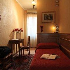Отель Kursaal & Ausonia Италия, Флоренция - 5 отзывов об отеле, цены и фото номеров - забронировать отель Kursaal & Ausonia онлайн комната для гостей фото 5