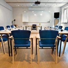 Отель Mäster Johan Швеция, Мальме - 2 отзыва об отеле, цены и фото номеров - забронировать отель Mäster Johan онлайн помещение для мероприятий фото 2