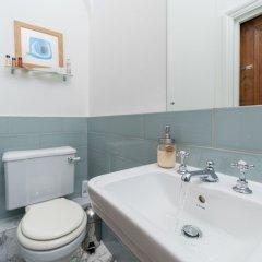 Отель Cherry Tree Великобритания, Лондон - отзывы, цены и фото номеров - забронировать отель Cherry Tree онлайн ванная фото 2