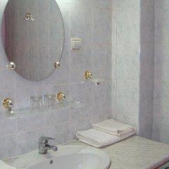 Отель Zhiva Voda Balneohotel Болгария, Сливен - отзывы, цены и фото номеров - забронировать отель Zhiva Voda Balneohotel онлайн ванная
