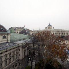 Отель Pension Museum Австрия, Вена - 1 отзыв об отеле, цены и фото номеров - забронировать отель Pension Museum онлайн балкон