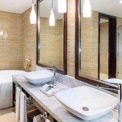 Отель Four Points by Sheraton Sharjah ванная фото 2