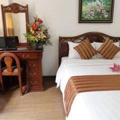 Отель Camellia 5 Ханой комната для гостей фото 5