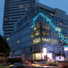 Отель Le Cote Sukhumvit 14 Бангкок вид на фасад