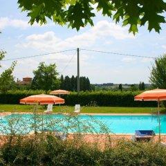 Отель La Contea Синалунга бассейн фото 2