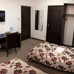 Отель Вояж Кыргызстан, Бишкек - 1 отзыв об отеле, цены и фото номеров - забронировать отель Вояж онлайн в номере
