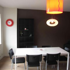 Апартаменты Le Jonruelle - 2 BR Apartment 5th Floor Private Parking Space - ZEA 39153 питание