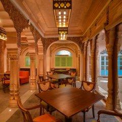 Отель WelcomHeritage Haveli Dharampura питание фото 3