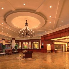 Sanya Golden Phoenix Sea View Hotel интерьер отеля