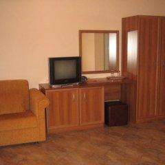 Отель Family Hotel Yola Болгария, Чепеларе - отзывы, цены и фото номеров - забронировать отель Family Hotel Yola онлайн удобства в номере
