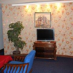 Отель No Problem Hotel at Glinka Street Армения, Ереван - отзывы, цены и фото номеров - забронировать отель No Problem Hotel at Glinka Street онлайн комната для гостей фото 3
