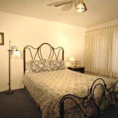 Отель Tioga Lodge at Mono Lake США, Ли Вайнинг - отзывы, цены и фото номеров - забронировать отель Tioga Lodge at Mono Lake онлайн спортивное сооружение