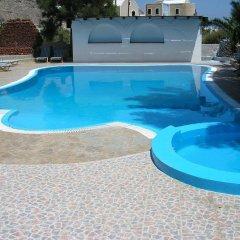 Отель Ira Studios Греция, Остров Санторини - отзывы, цены и фото номеров - забронировать отель Ira Studios онлайн бассейн фото 2