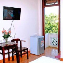 Отель Golden Leaf Homestay удобства в номере