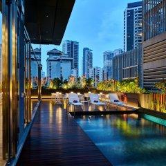 Отель YOTEL Singapore Orchard Road с домашними животными