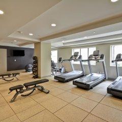 Отель Hilton Checkers фитнесс-зал фото 2