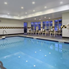 Отель Hilton Garden Inn Columbus Airport бассейн фото 3
