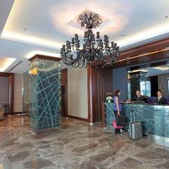 Отель ISTANBUL DORA бассейн