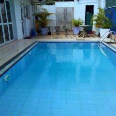 Negombo Blue Villa Hotel бассейн фото 2