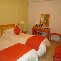 Atlantis Hotel комната для гостей