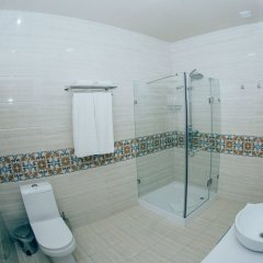 Отель «Бек Самарканд» Узбекистан, Самарканд - отзывы, цены и фото номеров - забронировать отель «Бек Самарканд» онлайн ванная