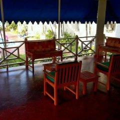 Отель Ocho Rios Beach Resort at ChrisAnn интерьер отеля