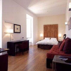 Отель York House сейф в номере