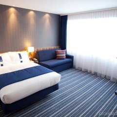 Отель Holiday Inn Express Dresden City Centre комната для гостей фото 4