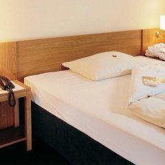 Отель Comfort Hotel Am Medienpark Германия, Унтерфёринг - отзывы, цены и фото номеров - забронировать отель Comfort Hotel Am Medienpark онлайн сейф в номере